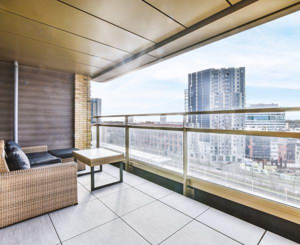 פתרונות הצללה למרפסת – מהן האפשרויות שקיימות?